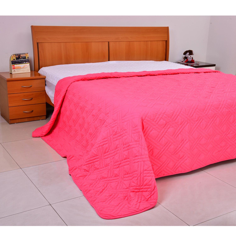 tropical punch microfiber lightweight summer quilt king bedding bed bath home online. Black Bedroom Furniture Sets. Home Design Ideas