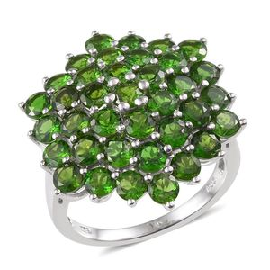 Russian Diopside Platinum Over Sterling Silver Ring (Size 7.0) TGW 7.750 cts.
