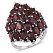Mozambique Garnet Platinum Over Sterling Silver Ring (Size 5.0) TGW 12.650 cts.