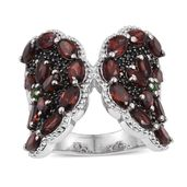 Mozambique Garnet, Russian Diopside, Thai Black Spinel Platinum Over Sterling Silver Ring (Size 7.0) TGW 8.40 cts.