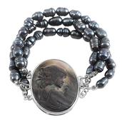Freshwater Peacock Pearl, Mother of Pearl Cameo Silvertone Bracelet (7.50 In) TGW 65.000 cts.
