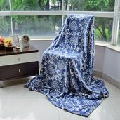 Blue and Cream Damask Pattern Microfiber Blanket (80x60 in)