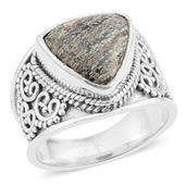 Artisan Crafted Green Jasper Sterling Silver Ring (Size 8) TGW 3.64 Cts. TGW 3.64 Cts.