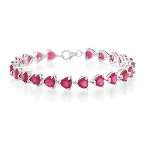 Niassa Ruby (FF) Sterling Silver Linking Hearts Bracelet (8.00 In) TGW 36.00 cts.
