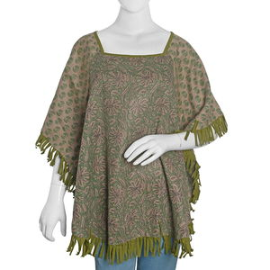 Green 100% Acrylic Floral Pattern Square Neck Poncho with Fringes (One Size)