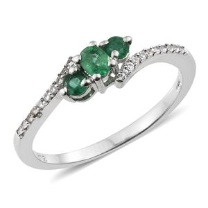 Premium Brazilian Emerald, Cambodian Zircon Platinum Over Sterling Silver Bypass Ring (Size 7.0) TGW 0.51 cts.