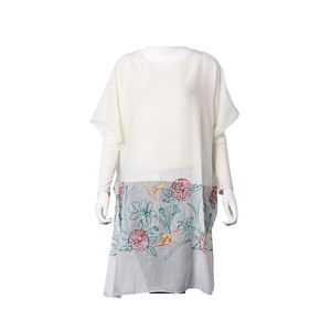 White 100% Polyester Floral Embroidered Scoop Neck Poncho (One Size)