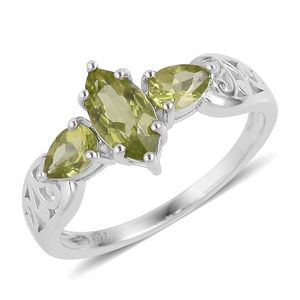 Hebei Peridot Sterling Silver Ring (Size 5.0) TGW 2.05 cts.