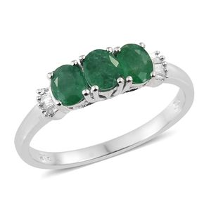 Brazilian Emerald, Diamond Accent Platinum Over Sterling Silver Ring (Size 5.0) TGW 0.98 cts.