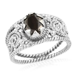 Artisan Crafted Shungite Sterling Silver Openwork Solitaire Ring (Size 8.0) TGW 1.17 cts.