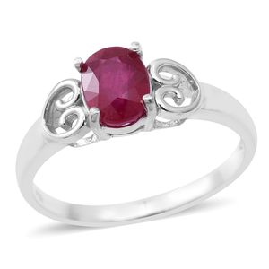 Niassa Ruby Sterling Silver Heart Ring (Size 8.0) TGW 1.65 cts.