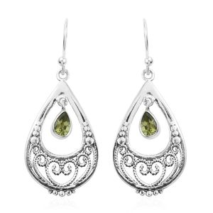Artisan Crafted Hebei Peridot Sterling Silver Earrings TGW 0.72 cts.